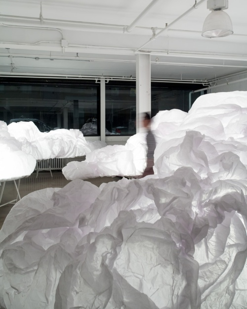 1-bright-interactive-clouds-installation-by-mason-studio