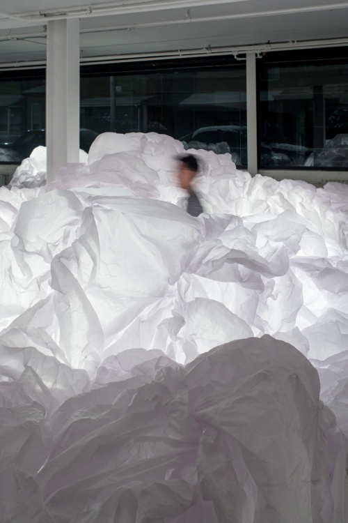 5-bright-interactive-clouds-installation-by-mason-studio