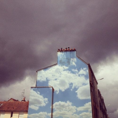 19_clouds-wall07